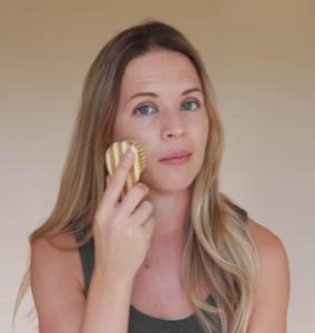 Dry Skin Brushing for Face